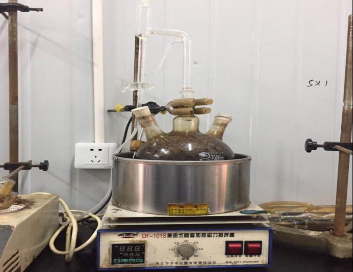 试剂蒸馏装置